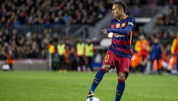 Neymar'ı mahkemeye çağırdılar