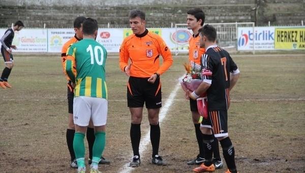 Süper Lig hakemi Özgür Yankaya amatör maç yönetti