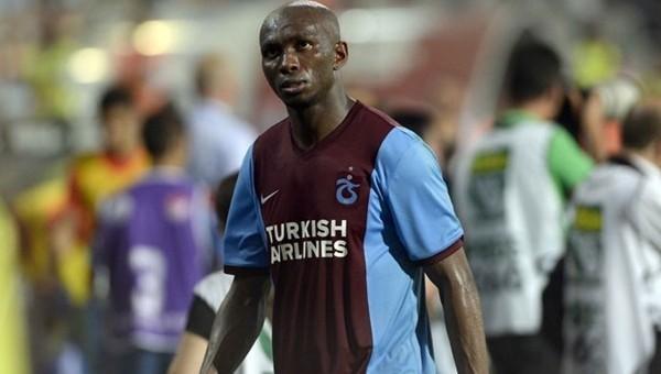 Trabzonsporlu Mbia, Altın Top'a damgasını vurdu!