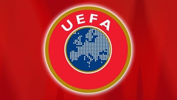 UEFA 2015 yılının en iyi kadrosunda kimler var?