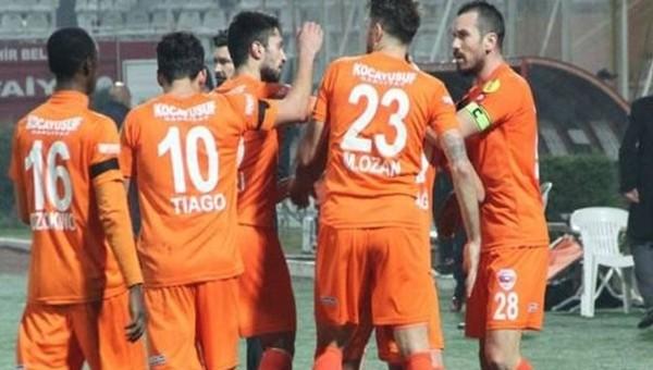 Adanaspor liderliği bırakmıyor