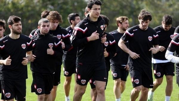 Adanaspor'da hazırlıklar sürüyor