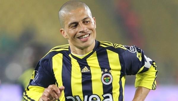 Alex'e sordular: 'Hagi mi, sen mi?' - Fenerbahçe Haberleri