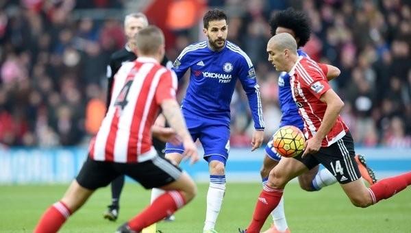 Chelsea, Southampton deplasmanında öldü öldü, dirildi
