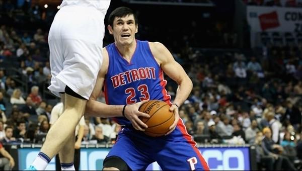 Ersan İlyasova,Orlando Magic'e takas edildi