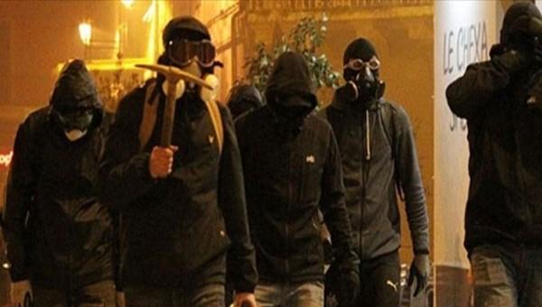 Fransa'da taraftar olayları futbol maçını erteletti - Ligue 1 Haberleri