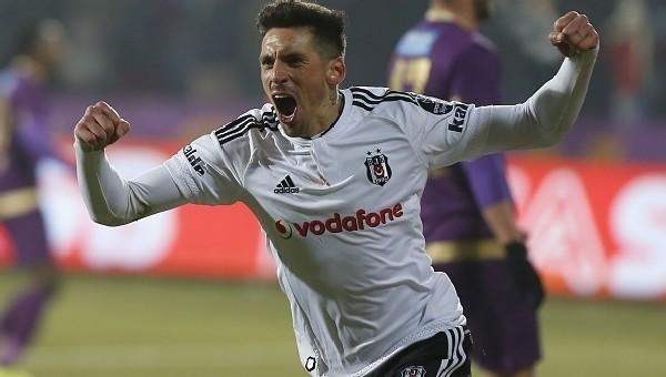 Jose Sosa için 14 milyon Euro'luk teklif