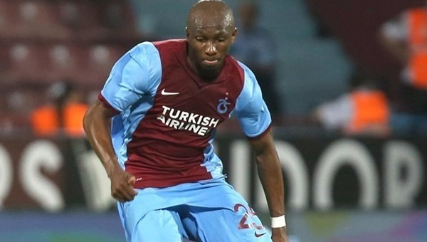 Mbia'dan Trabzonspor'a veda paylaşımı