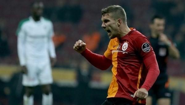 Podolski Torku Konyaspor maçına yetişecek mi?