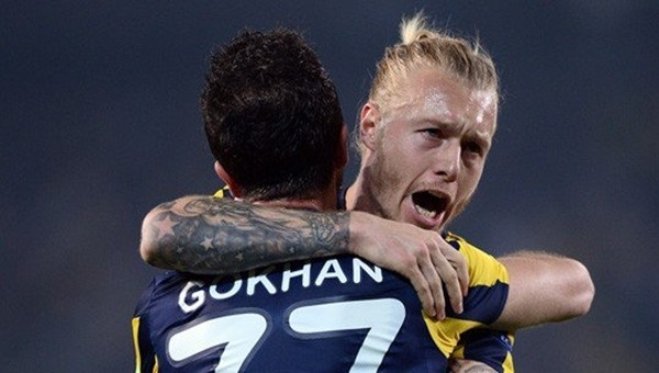 Simon Kjaer'den taraftarlara büyük övgü - Fenerbahçe Haberleri