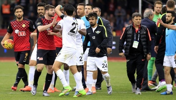 Akhisar Belediyespor galibiyeti unuttu - Süper Lig Haberleri