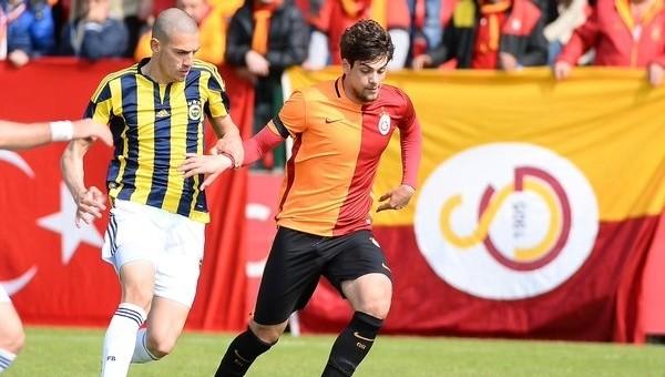 Günün ilk derbisi Galatasaray'ın! 3 gollü...