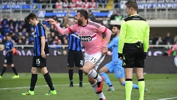 Juventus liderliği kaptırmıyor!