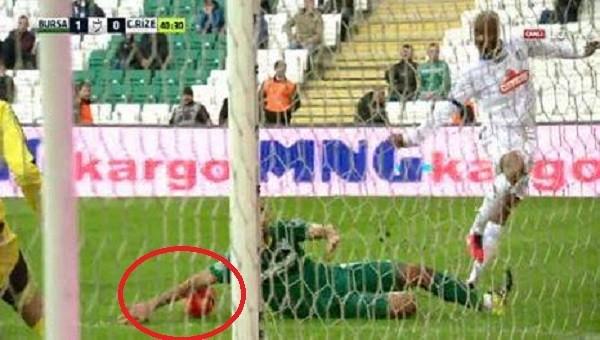 Süper Lig'de bir skandal hakem hatası daha