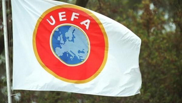 UEFA, PSV taraftarının insanlık ayıbına karşı devrede! - Avrupa'dan Futbol Haberleri