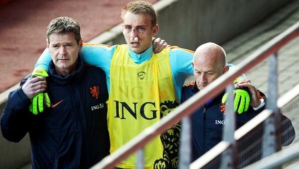 Wesley Sneijder'den sonra bir sakatlık şoku daha!