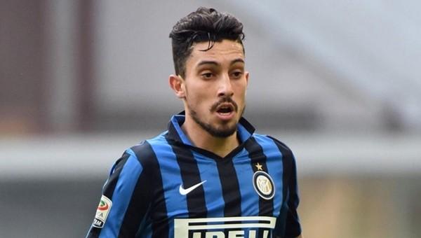 Alex Telles:' İtalya'da ve Inter'de çok mutluyum'