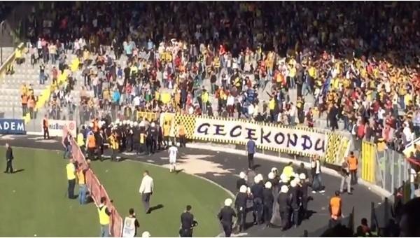 Ankaragücü - Amedspor maçında çıkan olaylar - İZLE