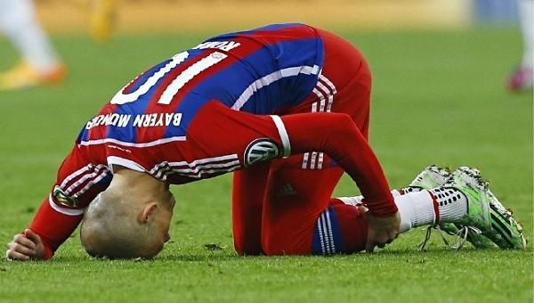 Arjen Robben yeniden sakatlandı - Bayern Münih Haberleri
