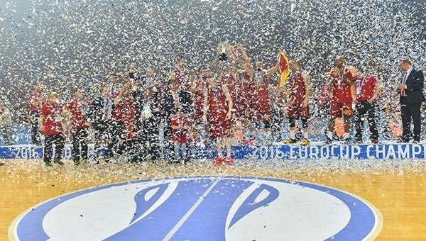 Galatasaray Odeabank'ın Eurocup şampiyonluk tişörtü