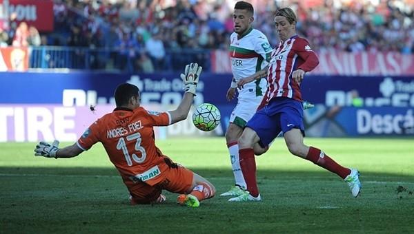 Atletico Madrid Barcelona'yı takibini sürdürüyor