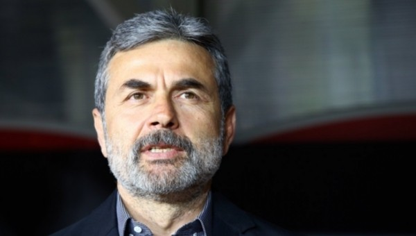 Aykut Kocaman'dan Tolga Özkalfa'ya gönderme