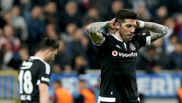 Beşiktaş eski dost kurbanı