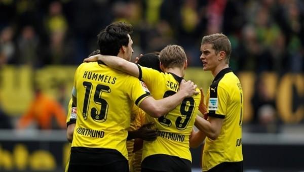 Borussia Dortmund takibi bırakmıyor