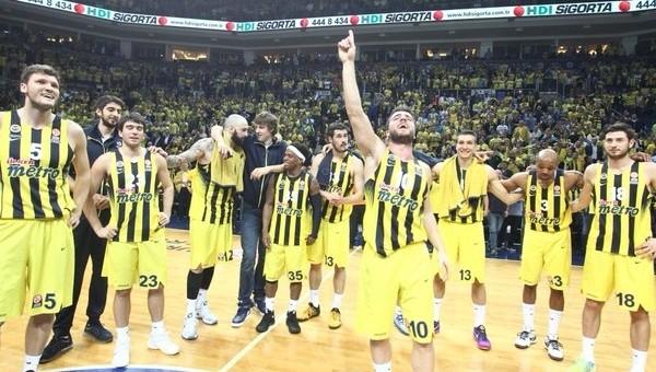 Fenerbahçe, Real Madrid'i ezdi geçti
