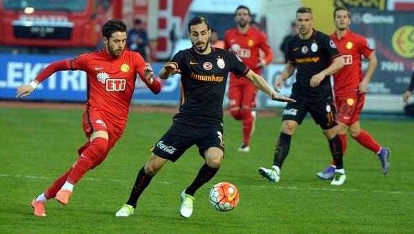 Galatasaray iki futbolcu arasında tartışma yaşandı!