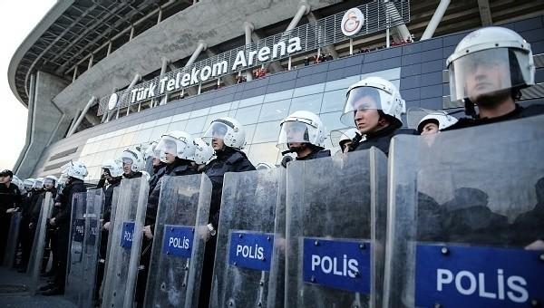 Galatasaray'a Valilik'ten terör uyarısı