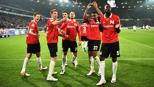 Hannover 96 pes etmiyor