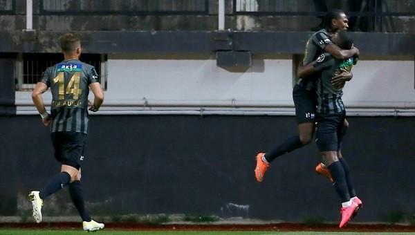 Hugo Rodallega, Beşiktaş'a karşı kalitesini konuşturdu - Süper Lig Haberleri