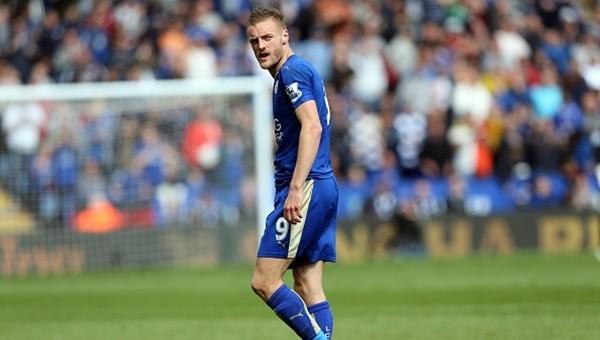 Leicester City'de Jamie Vardy şoku!