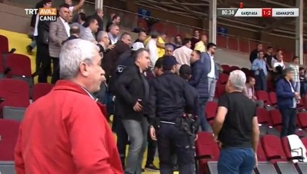 PTT 1. Lig'de futbolcuyla taraftar arasında ŞOK kavga!