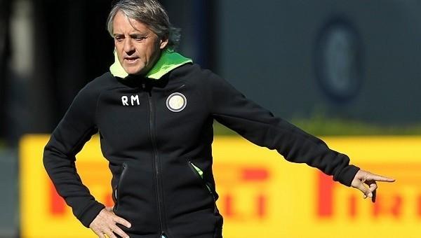 Roberto Mancini'den transfer açıklaması