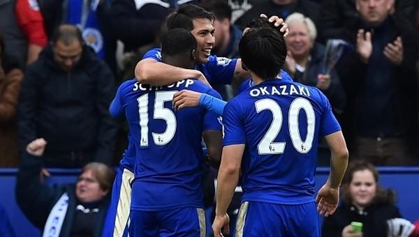 Şampiyonluğa koşan Leicester, Swansea City'i çiğnedi!