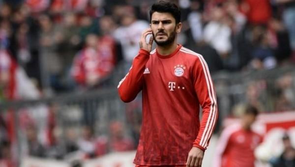 Serdar Taşçı, Bayern Münih'e gittiği için pişman