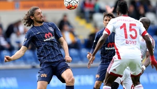 Sivasspor son dakikalarda yıkıldı