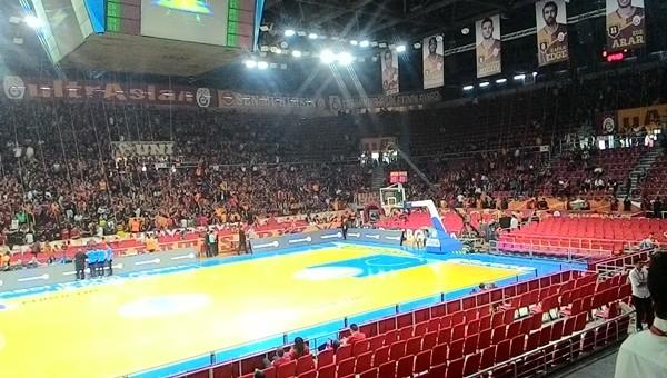 Strasbourg maçı öncesi Galatasaray'da protokol tribünü krizi - Basketbol Haberleri