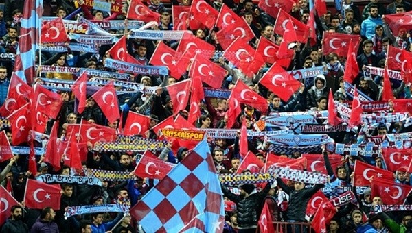 Trabzonspor taraftarından '2 Dakika Utan' kampanyası - Süper Lig Haberleri
