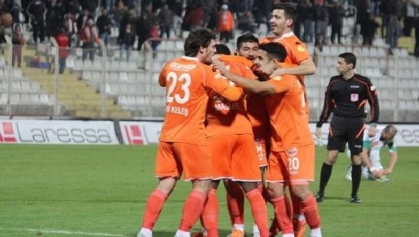 Adanaspor Haberleri: Toros Kaplanı'nda ayrılan futbolcular - Mehmet Sedef, Ergin Keleş, Merthan Açıl