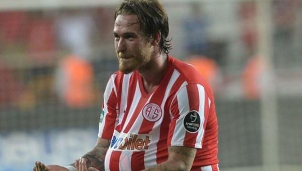 Antalyaspor Transfer Haberleri: Ömer Şişmanoğlu takımda kalacak mı?