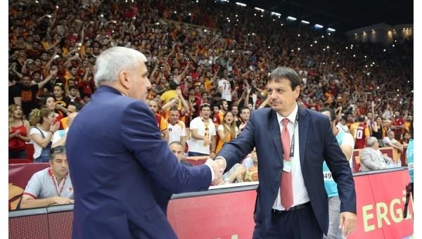 Basketbol Haberleri: Ergin Ataman'dan Galatasaray taraftarına kınama