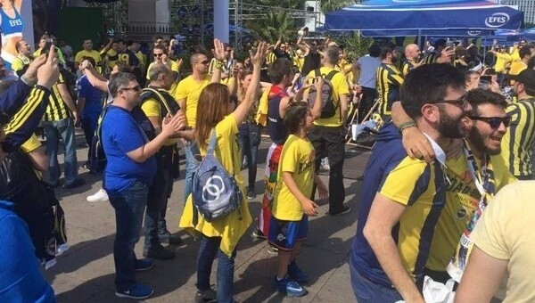 Berlin'de Fenerbahçe coşkusu