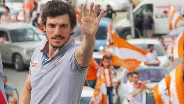 Ergin Keleş, Adanaspor'dan ayrıldı