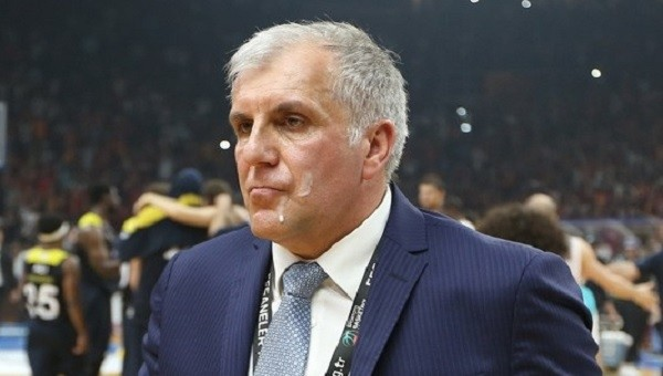 Fenerbahçe Haberleri: Obradovic ve Galatasaray Odeabank maçında çıkan olaylar hakkında açıklama