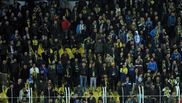 Fenerbahçe maçında şok tezahüratlar