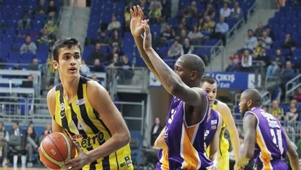 Fenerbahçe'nin genç basketbolcusu 91 sayı attı