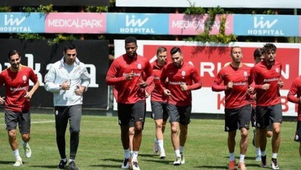 Galatasaray'da gönderilecek olan 4 futbolcu